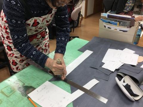 革裁断 レザークラフト教室 革工芸教室