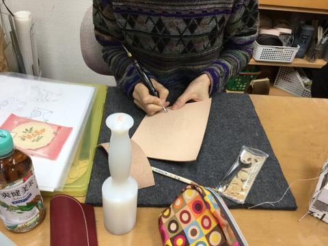 金彩画のためのモデラ レザークラフト教室 革工芸教室