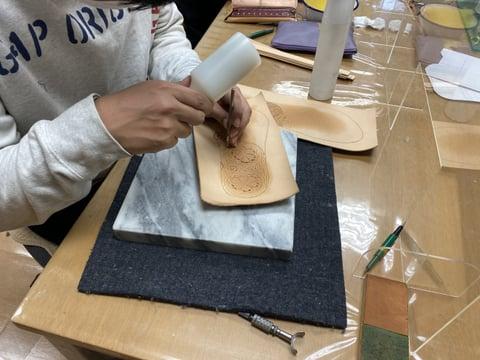 サンダルカービング レザークラフト教室 革工芸教室