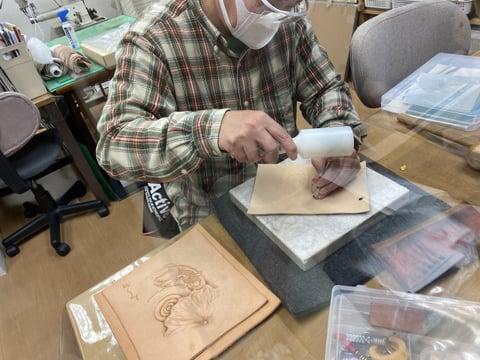 フィギュアカービング金魚 レザークラフト教室 革工芸教室
