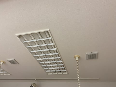 換気扇 レザークラフト教室 革工芸教室