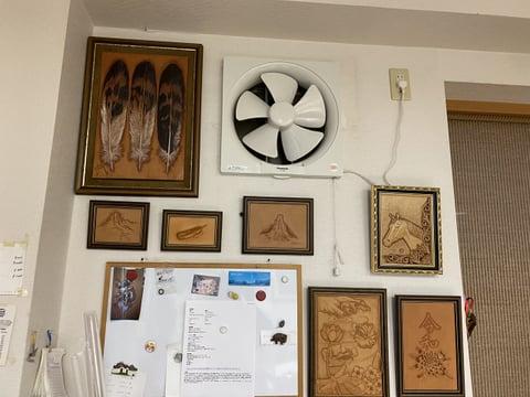 作品の中の換気扇 レザークラフト教室 革工芸教室