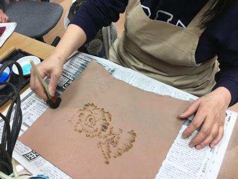 蝋かすり レザークラフト教室 革工芸教室