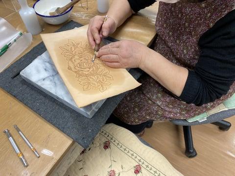 薔薇のカービング レザークラフト教室 革工芸教室