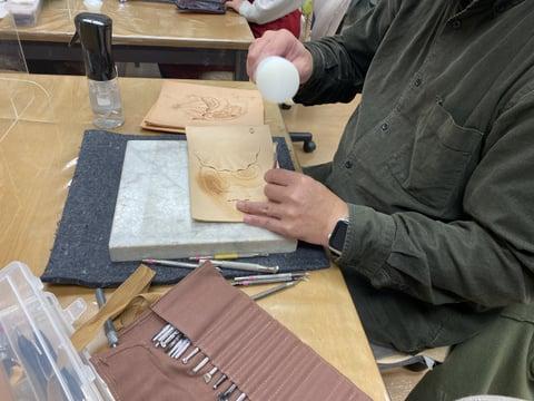 マイクロフィギュアカービング レザークラフト教室 革工芸教室