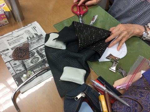 バッグ仕立てがま口 レザークラフト教室 革工芸教室