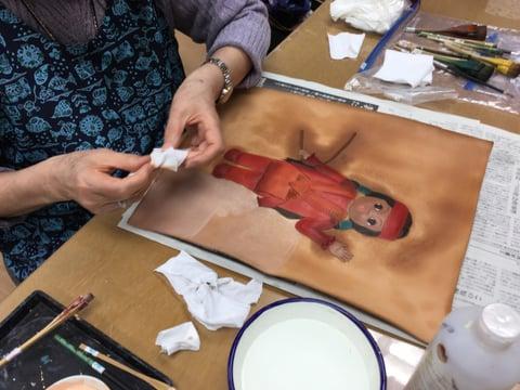 人形の絵 レザークラフト教室 革工芸教室