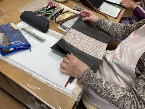 革更紗のバッグ レザークラフト教室 革工芸教室