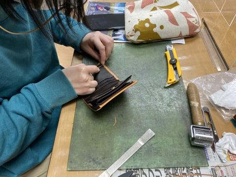 札入れ仕立て レザークラフト教室 革工芸教室