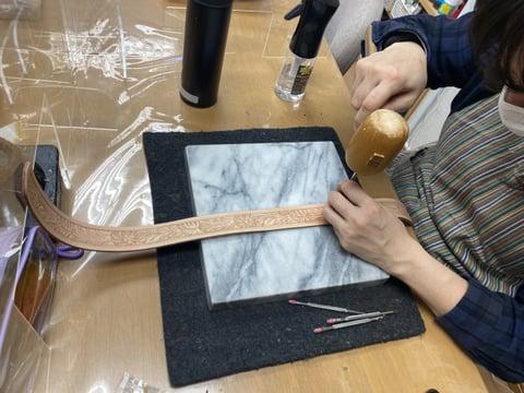 ベルトカービング レザークラフト教室 革工芸教室