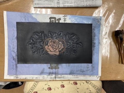 バラとハートのカービング レザークラフト教室 革工芸教室