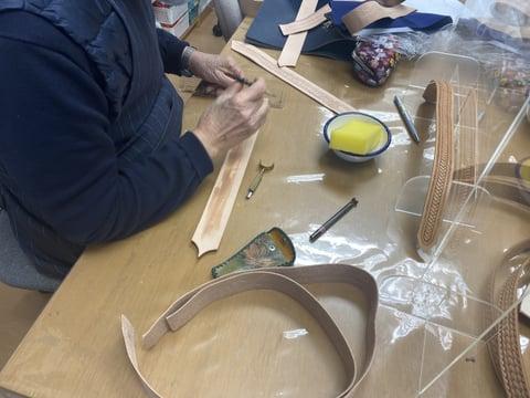 バッグ手紐スタンピング レザークラフト教室 革工芸教室