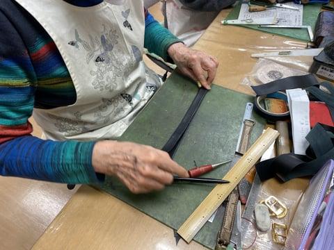 ポシェットの紐作り レザークラフト教室 革工芸教室