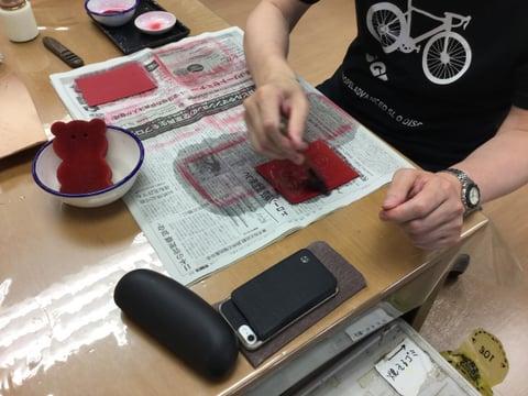 マイクロカービング染色 レザークラフト教室 革工芸教室