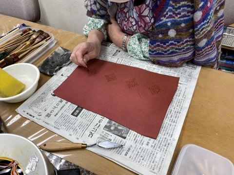 ろうけつ染点描 レザークラフト教室 革工芸教室