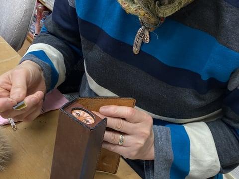 エッジ磨き レザークラフト教室 革工芸教室
