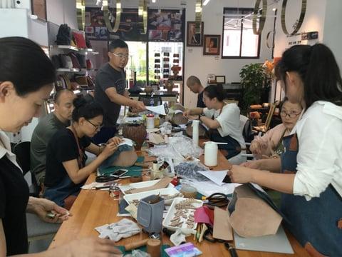 つなぎ目のない立体造形講習 レザークラフト教室 革工芸教室