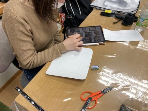 図案制作中 レザークラフト教室 革工芸教室