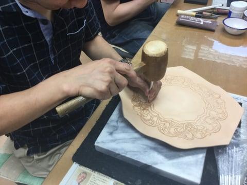 時計カービング レザークラフト教室 革工芸教室