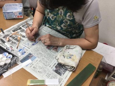 羽のカービング レザークラフト教室 革工芸教室