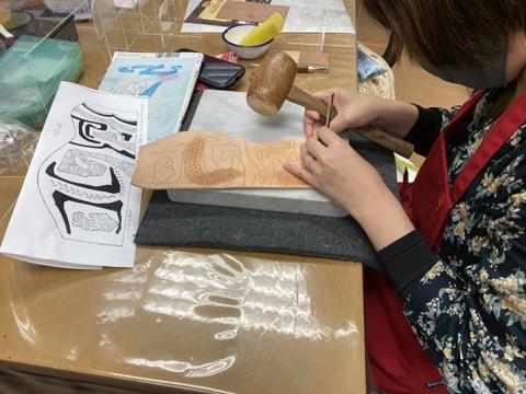 ペンたてスタンピング レザークラフト教室 革工芸教室