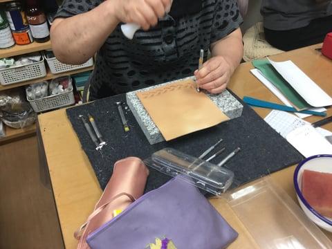 携帯カバー レザークラフト教室 革工芸教室