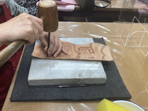 ペン立て スタンピング レザークラフト教室 革工芸教室