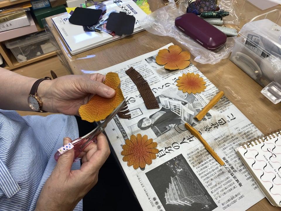 革のお花作り レザークラフト教室 革工芸教室