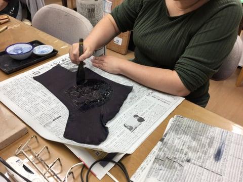 ろうけつ染色入れ レザークラフト 教室 革工芸教室
