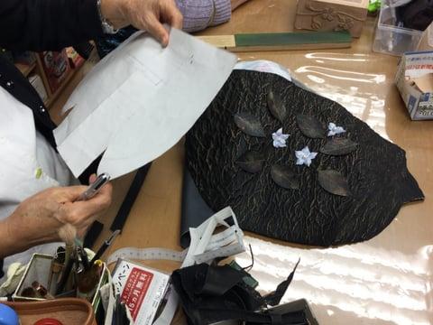 縮み革 レザークラフト教室 革工芸教室
