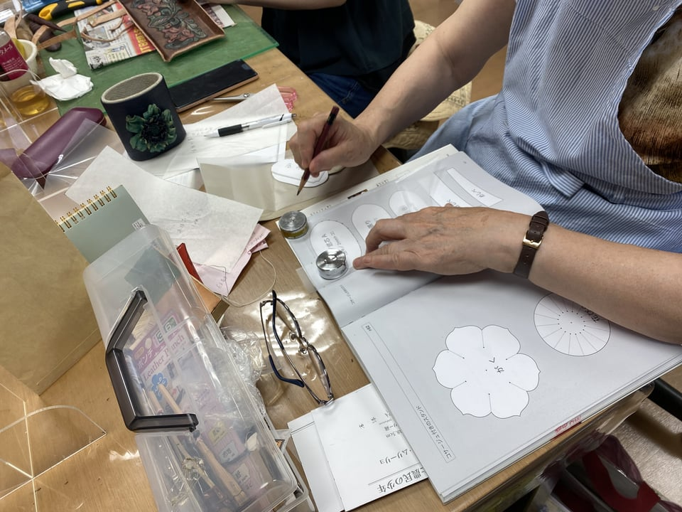 ペン立て レザークラフト教室 革工芸教室