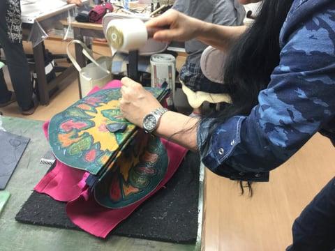 ろうけつ染手縫い レザークラフト教室 革工教室