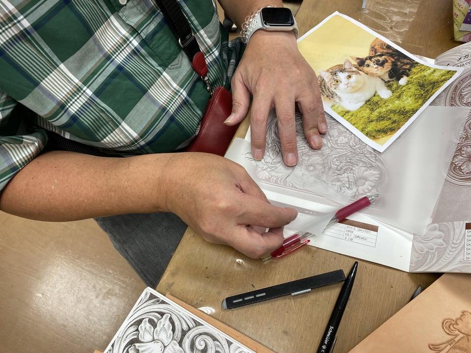 フィギュアカービング図案描き レザークラフト教室 革工芸教室
