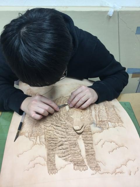 フィギャカービング切り込み レザークラフト教室 革工芸教室