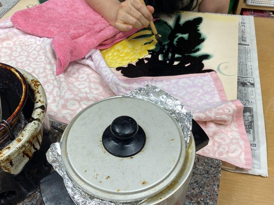 ろうけつ染め菊 レザークラフト教室 革工芸教室