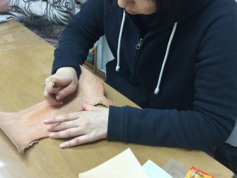 スーベルナイフの使い方 レザークラフト教室 革工芸教室