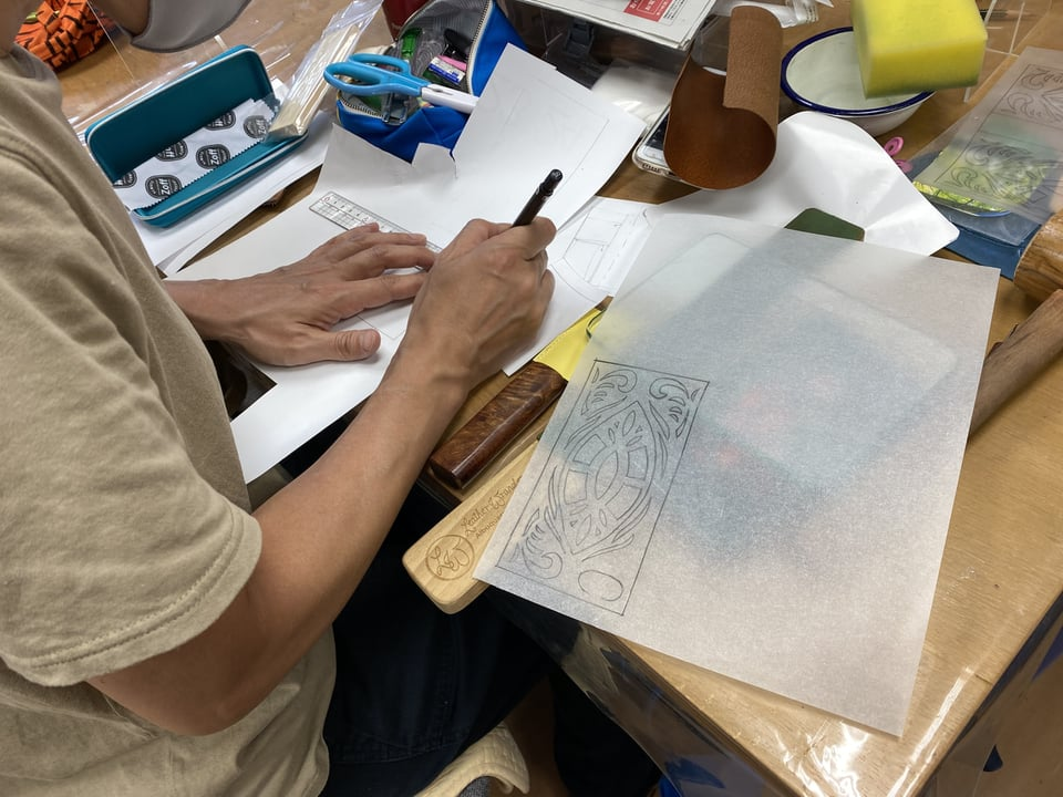 スマホケース型紙 レザークラフト教室 革工芸教室