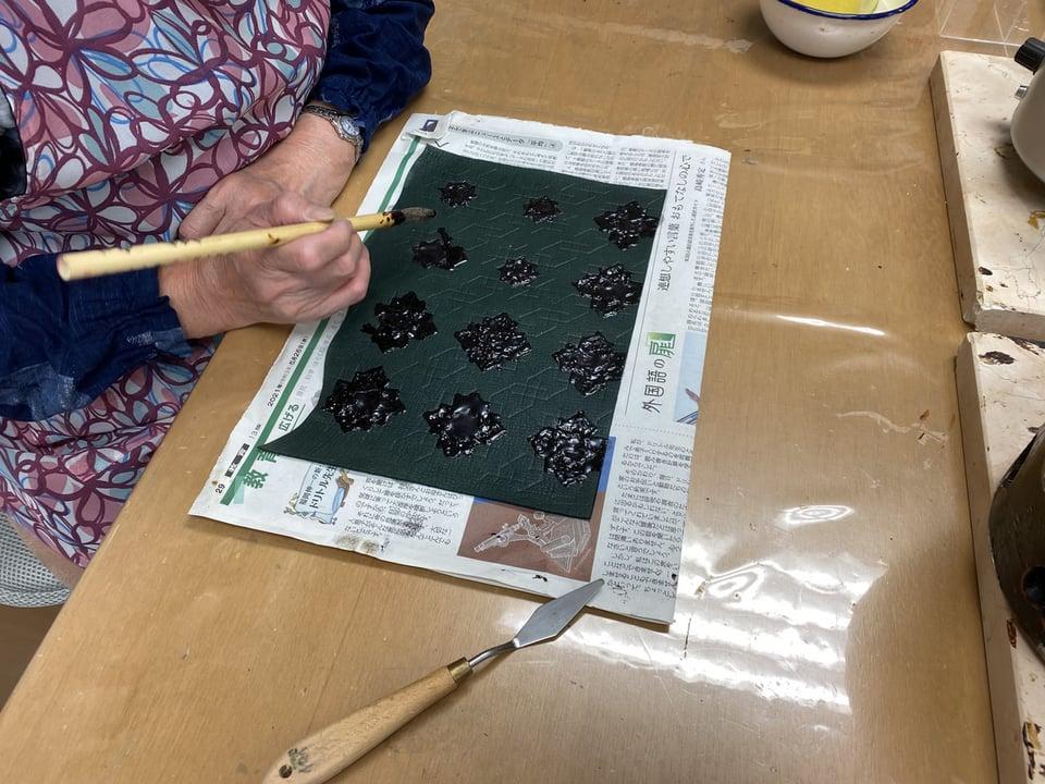 革のろうけつ染パターン レザークラフト教室 革工芸教室