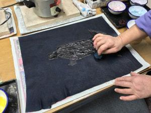 レザークラフト教室 革工芸教室 ろうけつ染め作品