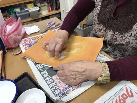 花の染色 レザークラフト教室 革工芸教室