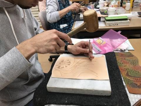 スタンピング レザークラフト 教室 革工芸教室