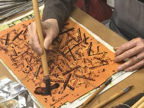ろうけつ染スタンプ技法 レザークラフト教室 革工芸作品