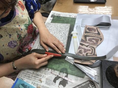 ヘリ磨き レザークラフト教室 革工芸教室