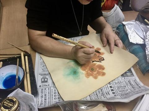 ろうけつ染フセ蝋 レザークラフト教室 革工芸教室