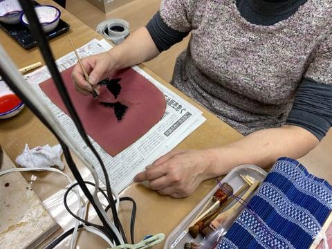ろうけつ染め蝶々 レザークラフト教室 革工芸教室