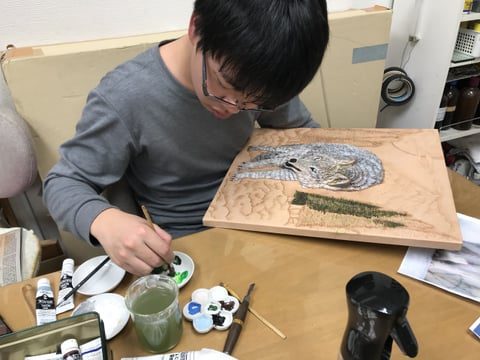 フィギャカービング 木の着色 レザークラフト教室 革工芸教室